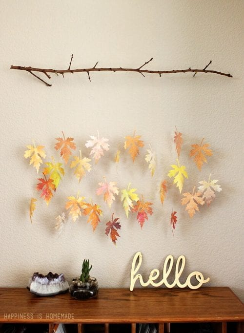 20 Craft Ideas with Fall Leaves featured by top US craft blog, The Crafty Blog Stalker.