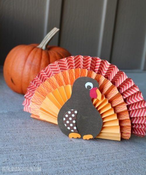 20 Fun Turkey Crafts   Easy DIY Craft Tutorial Idea   Craft Tutorials   Turkeys   Thanksgiving   Kids   Adults