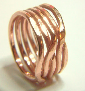 20 Handmade Ring Tutorials: DIY Jewelry Ideas featured by top US craft blog, The Crafty Blog Stalker: Bold Copper Weave Stack Ring