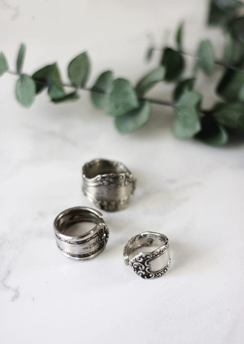 20 Handmade Ring Tutorials: DIY Jewelry Ideas featured by top US craft blog, The Crafty Blog Stalker: Spoon Ring