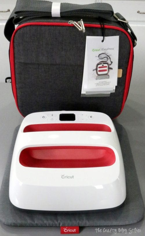the medium cricut easypress tote with the easypress 2 and easypress mat