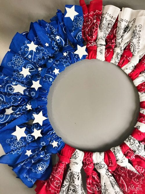 How to Make a 4th of July Bandana Wreath featured by top US craft blog, The Crafty Blog Stalker - finished 4th of July Bandana Wreath