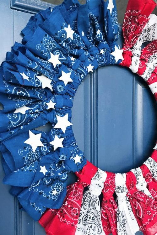 How to Make a 4th of July Bandana Wreath featured by top US craft blog, The Crafty Blog Stalker