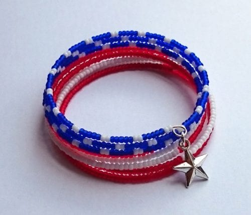 14 Fabulous US Flag Day Crafts featured by top US craft blog, The Crafty Blog Stalker: image of patriotic beaded bracelet