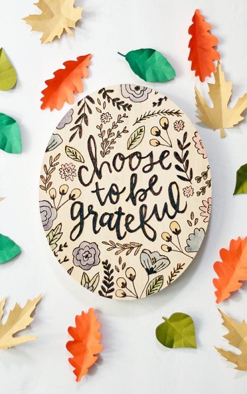 Easy wood burning crafts featured by top US craft blog, The Crafty Blog Stalker: image of Wood burned Thanksgiving sign