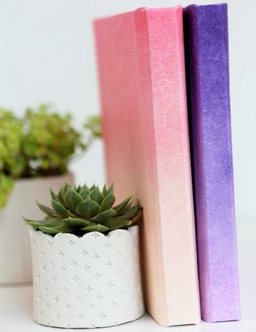 Handcrafted Journals featured by top US craft blog, The Crafty Blog Stalker: DIY ombre journals