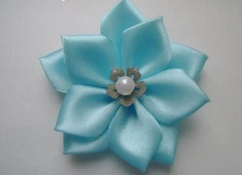 blue ribbon flower