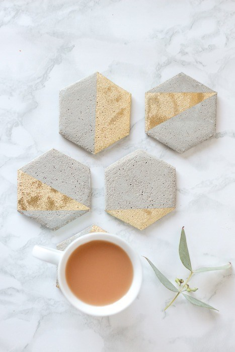 Easy-to-Make DIY Coasters featured by top US craft blog, The Crafty Blog Stalker: image of DIY cement coasters
