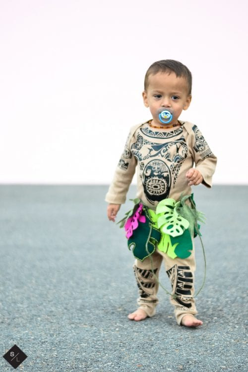 20 Amazing Cricut Halloween Costume Ideas featured by top US craft blog, The Crafty Blog Stalker: Maui costume