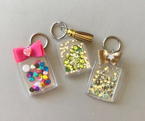 20 of the Best Handmade Keychains & Keyrings featured by top US craft blog, The Crafty Blog Stalker: DIY confetti keychain.