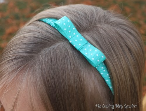 How to Make an Easy Ribbon Headband, a tutorial featured by top US craft blog, The Crafty Blog Stalker.