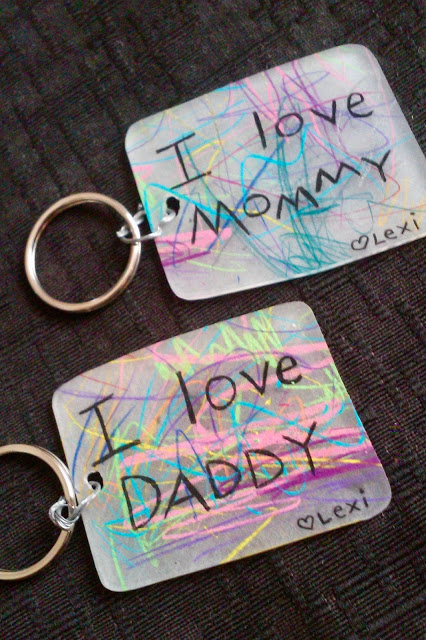 20 of the Best Handmade Keychains & Keyrings featured by top US craft blog, The Crafty Blog Stalker: shrinky dink keychains