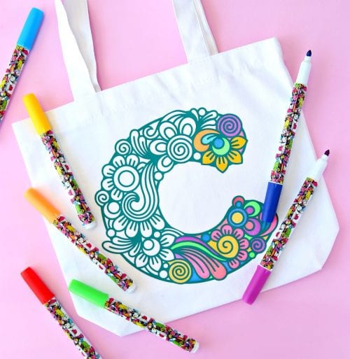 25 Cricut Personalized Gifts featured by top US craft blog, The Crafty Blog Stalker: monogrammed tote bag.