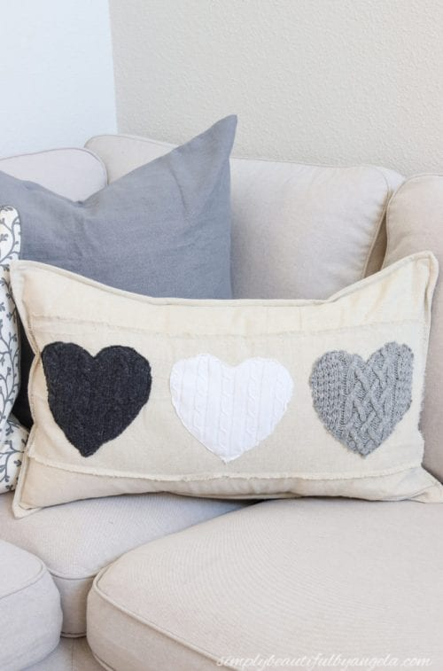 20 Sweet and Loving Valentines Decoration Ideas featured by top US craft blog, The Crafty Blog Stalker: Valentines Day pillows with sweaters.