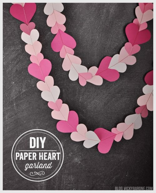 25 Easy Paper Heart Project Ideas, featured by top US craft blog, The Crafty Blog Stalker: Paper Heart Garland