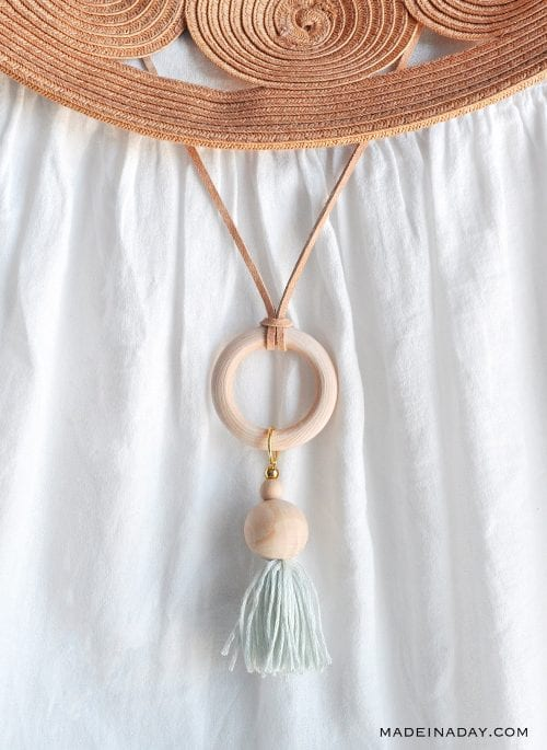 20 Unique Handmade Necklaces featured by top US craft blog, The Crafty Blog Stalker: Wood Bead Tassel Hoop Necklace