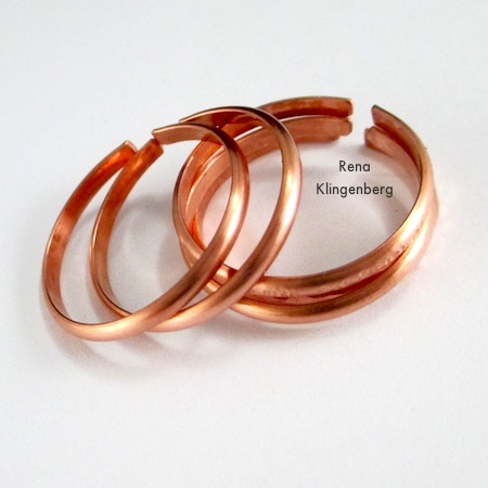 20 Handmade Ring Tutorials: DIY Jewelry Ideas featured by top US craft blog, The Crafty Blog Stalker: Adjustable Stacking Rings