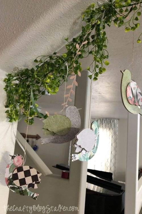 How to Make a DIY Bird Garland, a tutorial featured by top US craft blog, The Crafty Blog Stalker.