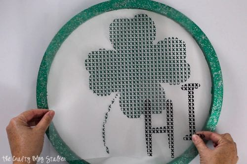How to Make a Stitch of Luck St.Patrick's Day Door Hanger, a tutorial featured by top US craft blog, The Crafty Blog Stalker.