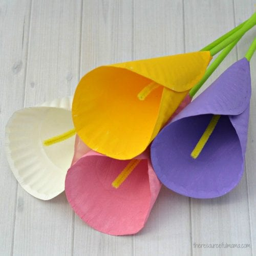 30 Fun Spring Break Crafts you can Make with Children featured by top US craft blog, The Crafty Blog Stalker: Paper Cala Lily Flower Craft for Kids