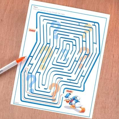 17 Crafty DIY April Fools Day Pranks featured by top US craft blog, The Crafty Blog Stalker: Unsolvable Maze