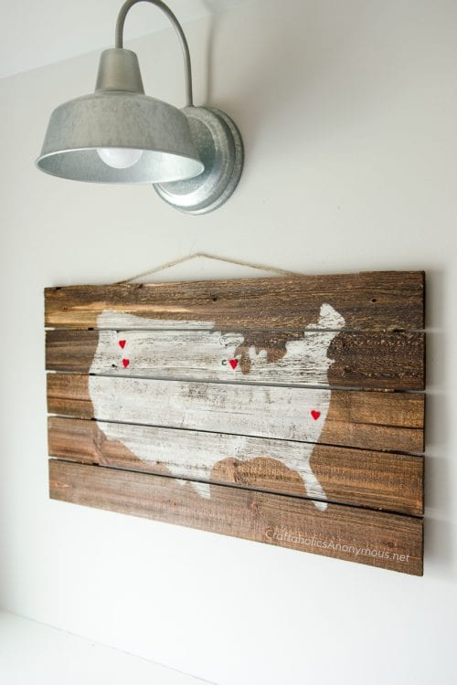 20 Easy Handmade Gifts for Mom on Mother's Day, featured by top US craft blog, The Crafty Blog Stalker: Wood Sign Mother's Day Gift Idea