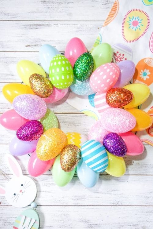 20 Fun DIY Easter Decor Ideas featured by top US craft blog, The Crafty Blog Stalker: Easter Egg Wreath