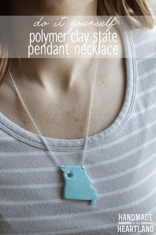 20 Beautiful Handmade Jewelry Tutorials, featured by top US craft blog, The Crafty Blog Stalker: State Pendant Necklace