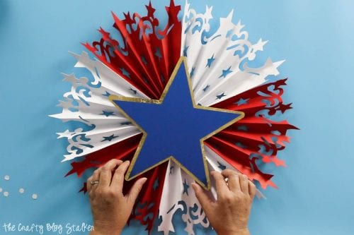 centering the star for the Large DIY Patriotic Paper Rosette