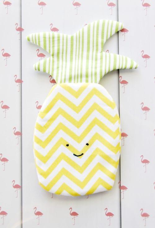 Sweet Pineapple Zipper Pouch