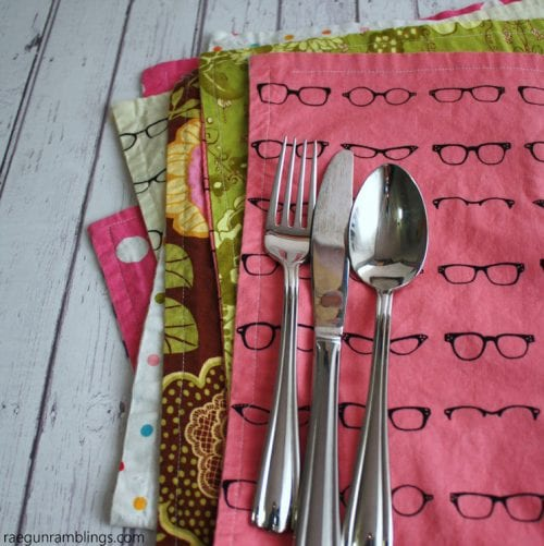 Reversible Placemats in 15 Minutes or Less