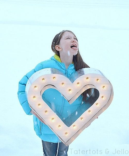 Lighted Marquee Heart