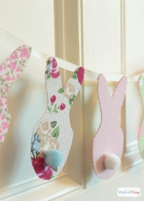 No-Sew Bunny Banner