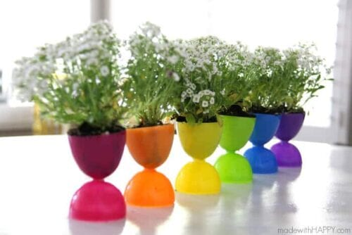 Plastic Easter eggs pots