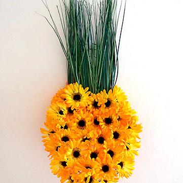 Flower Pineapple Wreath