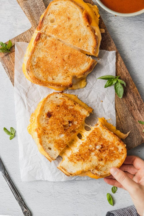 4 cheese garlic grilled cheese